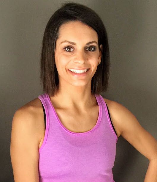 this is a picture of Tami Smith - the CEO at Fit Healthy Momma (fithealthymomma.com)