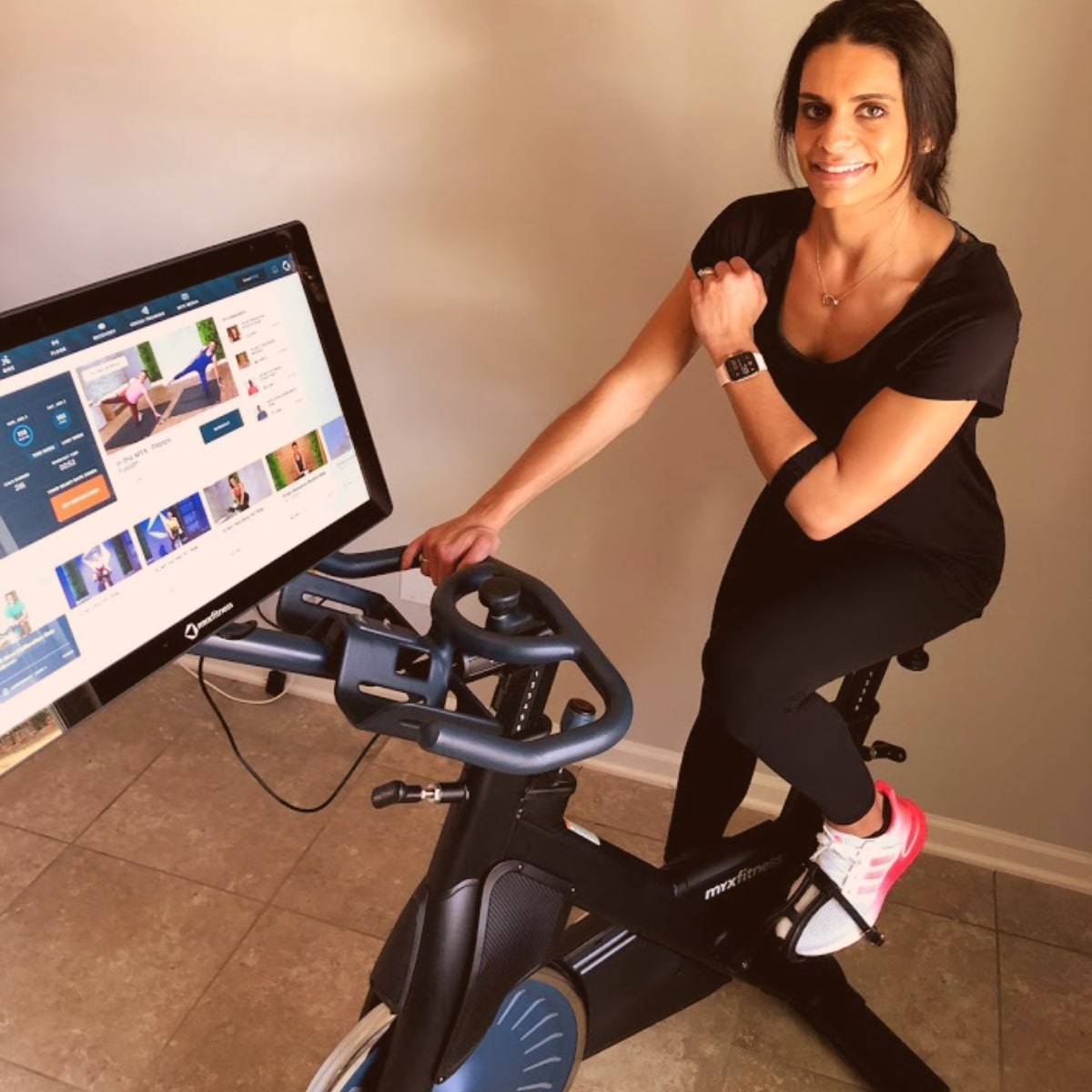 Tami Smith rides and reviews the MYXfitness bike