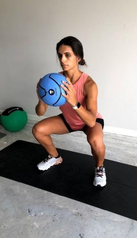 medicine ball double pulse sumo squat 3