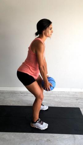 medicine ball jump squat lunge 1