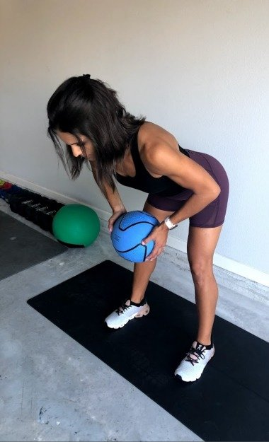 bent over row with med ball 2