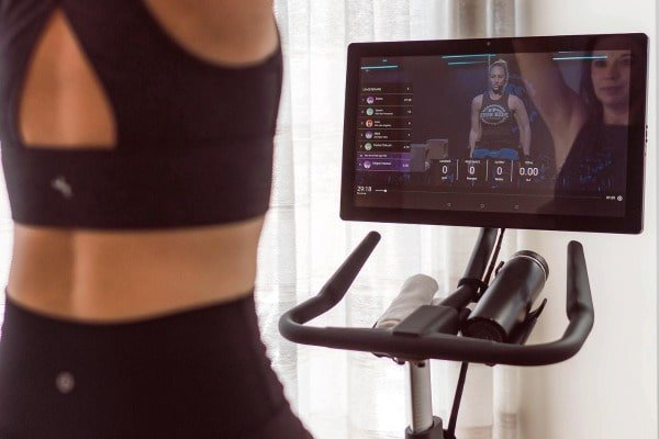 split-screen mode during peloton workout