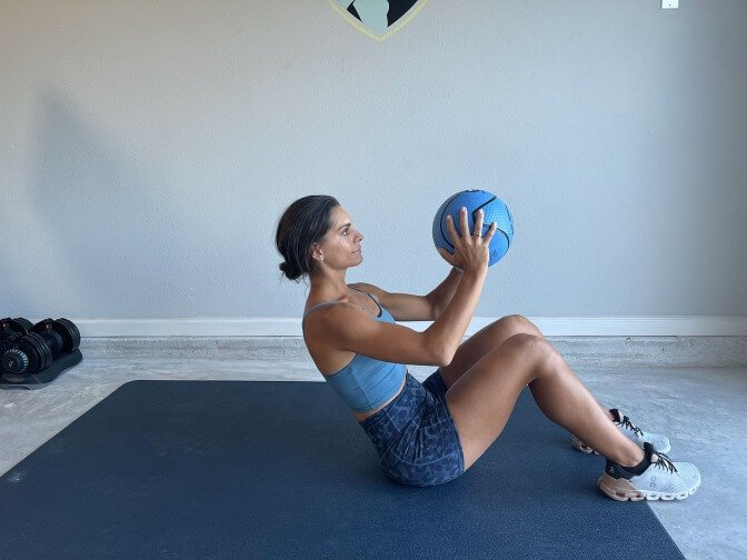 med ball crunches 2