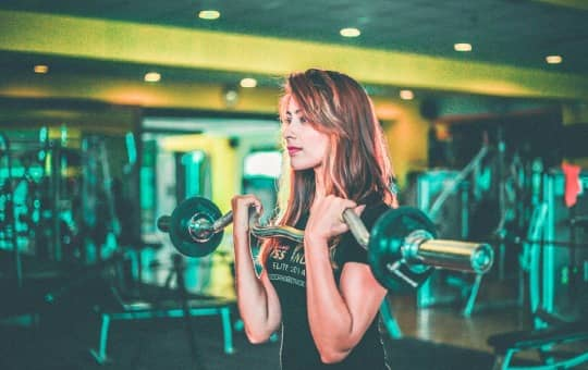 benefits for women and weightlifting