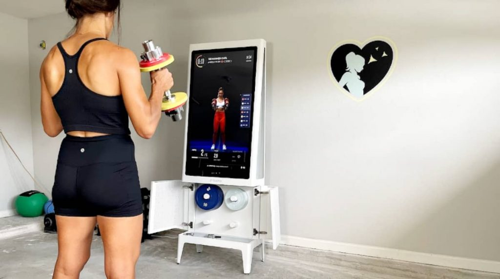 weightlifting with tempo home gym for women